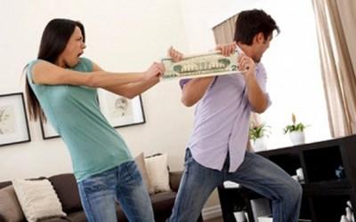 как делят кредиты при разводе